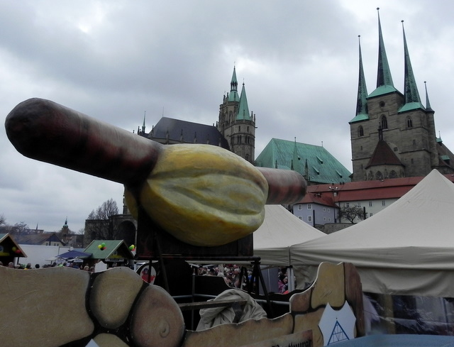 Die Bratwurstfreunde auf dem Erfurter Domplatz